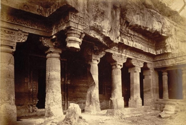 General view from the left of porch and entrance to Buddhist Vihara, Cave I, Ajanta by Robert Gill (1868-70)|British Library